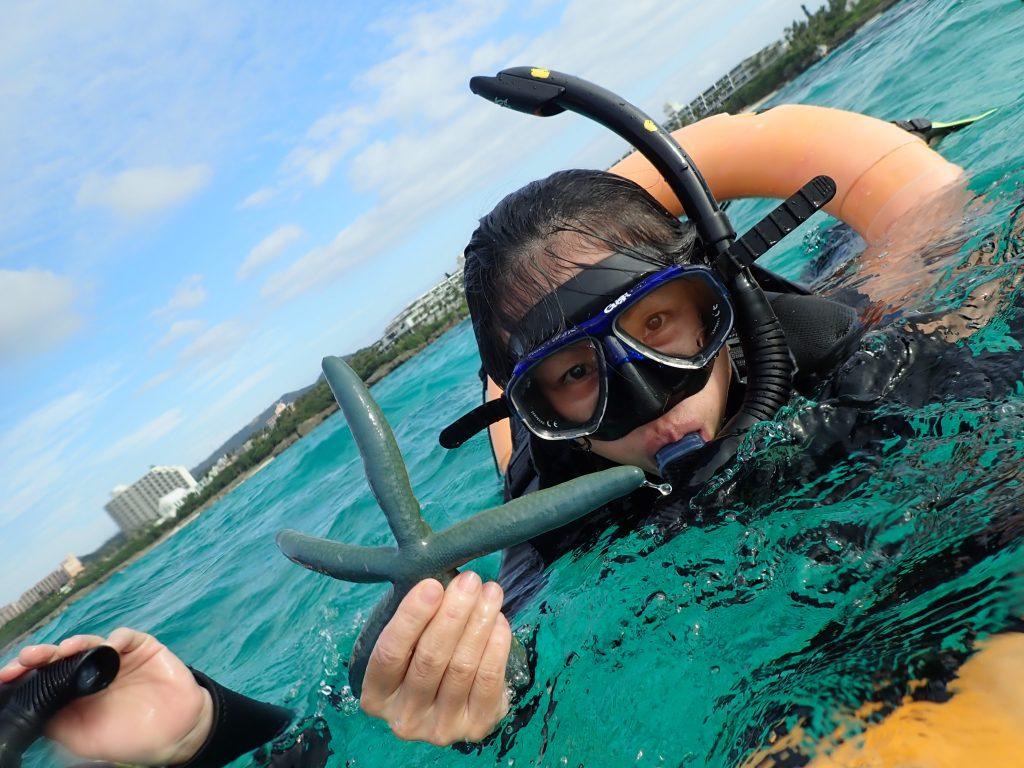 有這樣偏藍綠色細長的藍海星-marineclubgigi